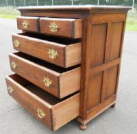 Small Oak Chest of Drawers by Reprodux